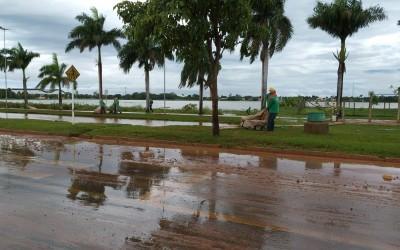 Prefeitura de Três Lagoas verifica danos causados pela forte chuva na tarde desta terça-feira (26)