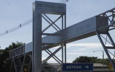 Sistema do Detran está fora do ar para assuntos relacionados à veículos