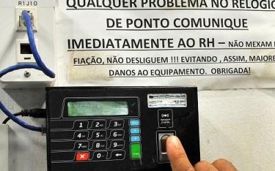 Governo pretende economizar  R$ 20 milhões com jornada de 8h