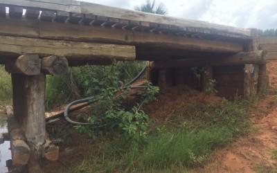 Prefeitura de Três Lagoas realiza reforma em ponte de estrada que é rota de ônibus escolar