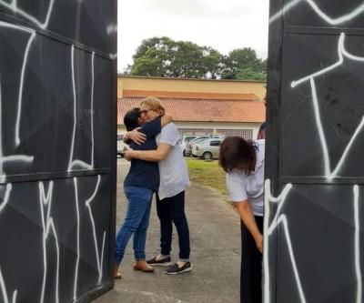 Professores e funcionários retomam rotina na Escola Raul Brasil em Suzano
