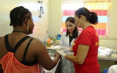 Saúde promoveu na manhã de sábado ações direcionadas à mulher