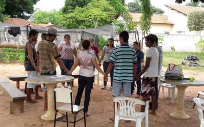 Acolhidos no Centro POP de Três Lagoas participam de projeto de Medicina Social e Comunitária