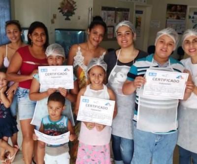 """Crianças da ESF Interlagos participam de """"Chefinho na Cozinha"""""""