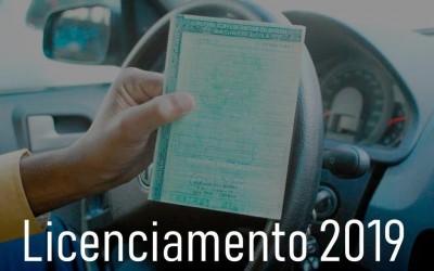 Licenciamento de veículos com placas final 1 e 2 vence nesta terça-feira