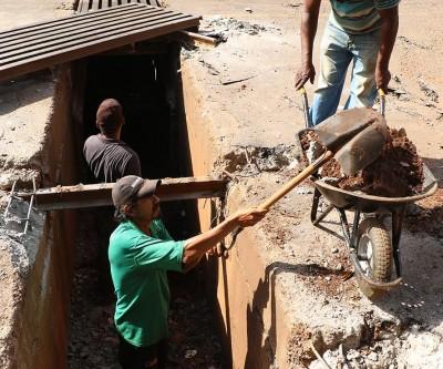 SEINTRA atende solicitações de moradores e inicia trabalho nos bairros JK e Alvorada