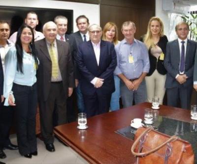 Com participação e apoio de Eduardo Rocha, fechamento do Fórum de Coronel Sapucaia é adiado