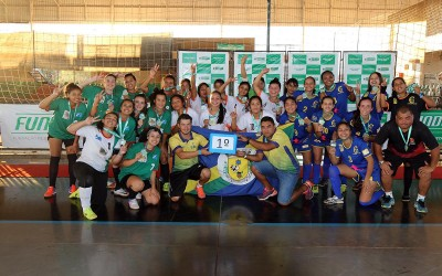 Jogos Escolares da Juventude: SEJUVEL E FUNDESPORTE entregam premiação aos campeões de futsal