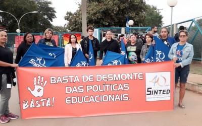 Paralisação contra cortes na educação reúne 400 pessoas em Três Lagoas (MS)