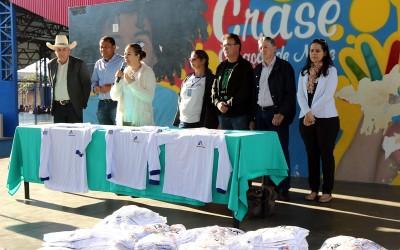 Camisetas de manga longa são entregues aos Agentes Comunitários de Saúde