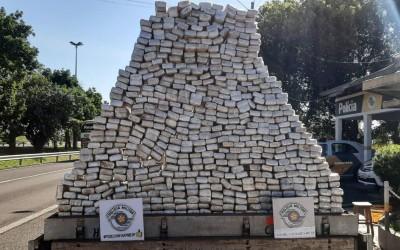 Carga de maconha apreendida pela polícia em Castilho totaliza 571 quilos