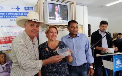 Saúde de Três Lagoas entrega nova remessa de óculos às famílias de baixa renda