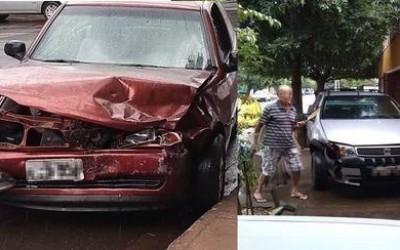 Após colisão em cruzamento, motorista perde o controle do carro e invade calçada em Três Lagoas