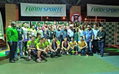Prefeito Angelo Guerreiro prestigia entrega de premiação aos vencedores da Copa dos Campeões