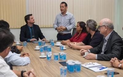 Câmara recebe comitiva de Pedro Juan Caballero