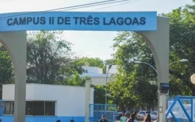 Professor da UFMS alega perseguição e justiça cancela suspensão de salário
