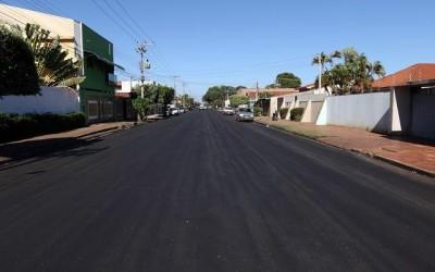 Ruas da Lapa recebem recapeamento com recursos próprios do Município