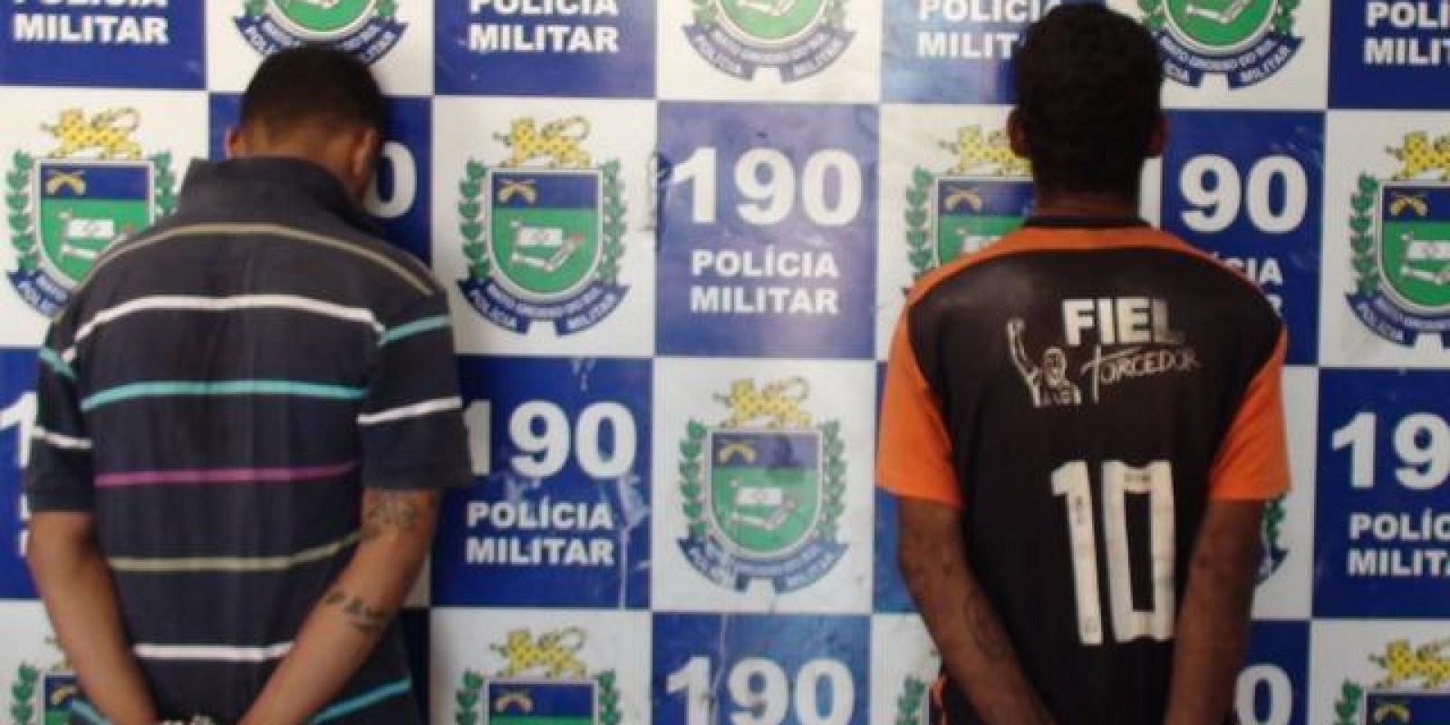 Dupla é presa suspeita de tráfico de drogas no banheiro da Praça Senador Ramez Tebet