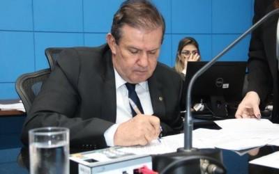 Eduardo Rocha solicita melhorias na Avenida Ranulpho Marques Leal, em Três Lagoas