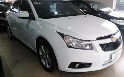 Veículo avaliado em R$ 50 mil é furtado de revendedora de carros durante a madrugada