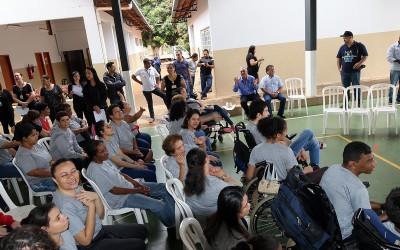 APAE de Três Lagoas promove ato de louvor e ação de graças pelos 44 anos de serviços
