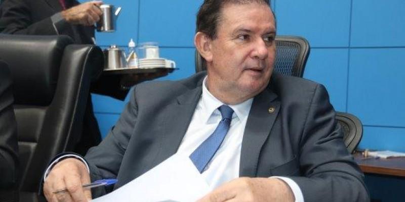 Eduardo Rocha solicita estudo para construção da terceira faixa em pontos críticos da BR-158