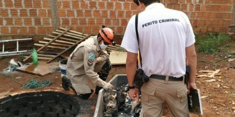 Homem espalha que tinha matado dois e polícia acha ossadas em poço