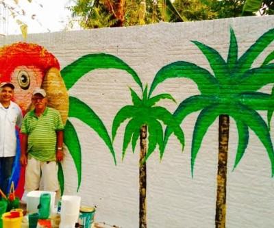 Pinturas da fauna e flora do Estado, retratadas em muro, encantam os três-lagoenses