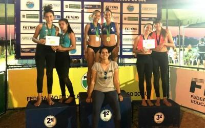 Atletas de Três Lagoas conquistam medalhas na 4ª Etapa do Circuito Estadual de Vôlei de Praia