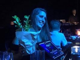 Três-lagoense ganha prêmios na Nova Zelândia por ajudar brasileiros que não têm fluência em inglês