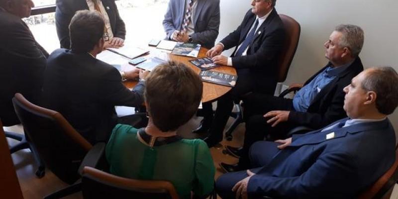 Em Brasília Guerreiro discute facilitações do uso dos lagos de usina
