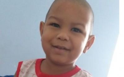 Mãe castilhense pede ajuda para seu filho de 1 ano que está internado