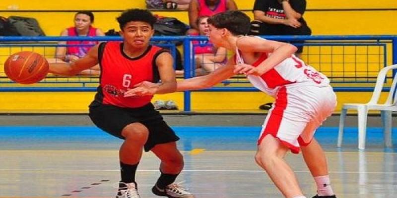Três-lagoense se destaca em equipe de basquete de Catanduva (SP)