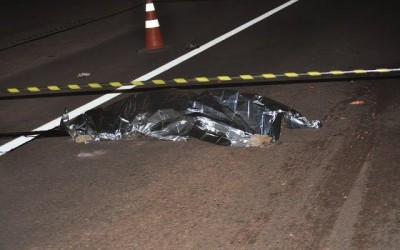 Caminhoneiro que seguia para Três Lagoas não vê, atropela e mata pedestre na rodovia BR-262