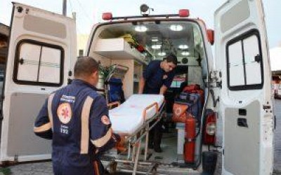 Identificado idoso que morreu após colisão de motos perto do Jupiá