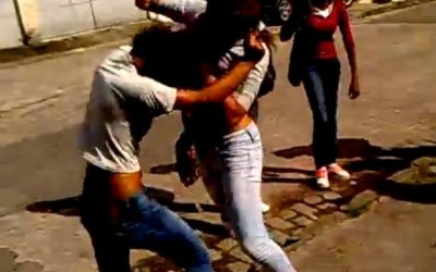 Mulheres saem no tapa em residencial de Três Lagoas