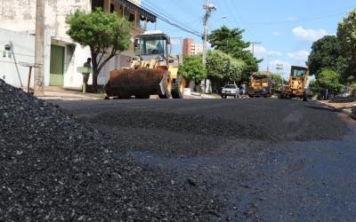 Prefeitura realiza recapeamento em vias importantes de Três Lagoas