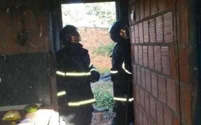Causa de incêndio em residência na Vila piloto ainda é desconhecida