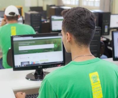 Com 5 opções de cursos profissionalizantes, ensino médio integrado está com matrículas abertas