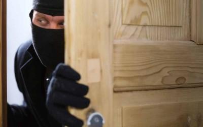 Ladrão furta madeireira duas vezes no mesmo dia em Três Lagoas