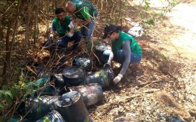Meio Ambiente multa empresa por descarte de graxa em via pública