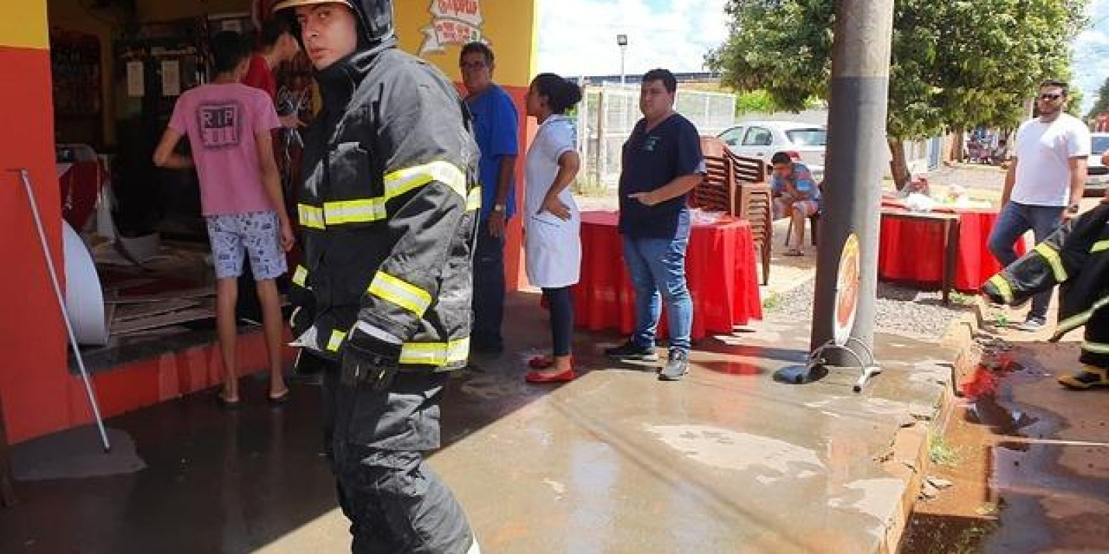 Gás de cozinha provoca incêndio em restaurante de Três Lagoas