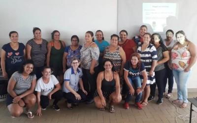Cozinheiras da Secretaria Municipal de Assistência Social participam de um dia de capacitação