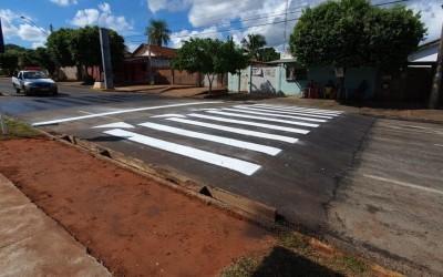 Prefeitura constrói faixa elevada em frente à Clínica da Criança após desativação de lombada eletrônica