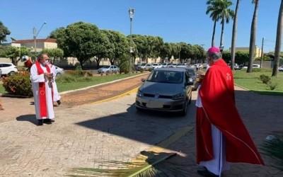 Domingo de Ramos, com início de Semana Santa mobiliza fiéis católico em Três Lagoas