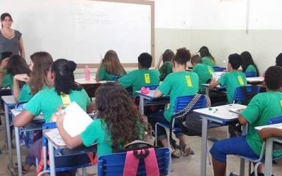 Professores temporários da rede estadual não terão contratos suspensos durante férias