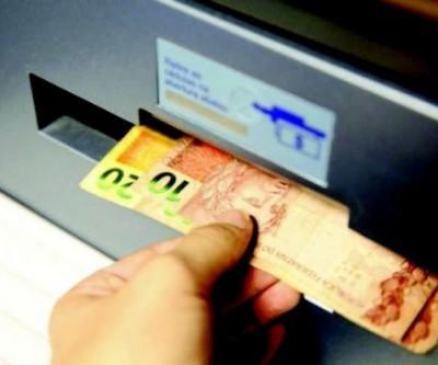 Nova parcela do auxílio emergencial de R$ 600 começa ser paga na segunda, promete Caixa