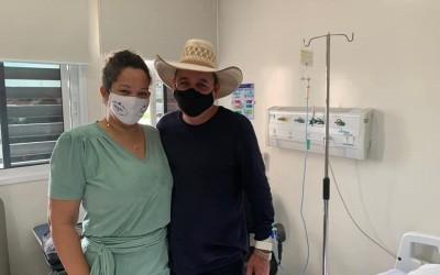 Após cinco dias hospitalizado, prefeito Angelo Guerreiro recebe alta médica