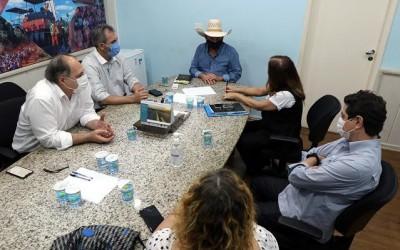 SINTED e prefeito de Três Lagoas discutem sobre retorno das aulas
