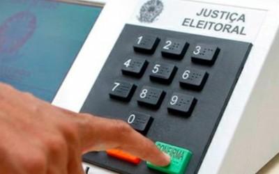 Câmara vota hoje PEC que adia eleições para novembro